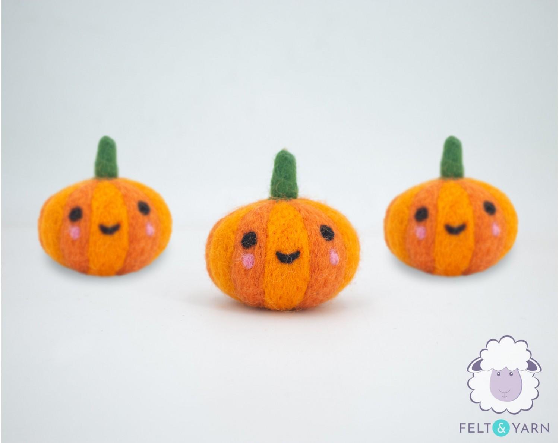Felt Halloween Cheeky Pumpkin Felt Yarn