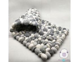 Black and White Pebble Rug