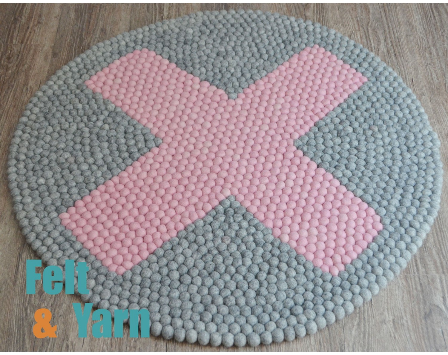 X Design Grey Felt Ball Rug for Home Décor - Felt & Rug
