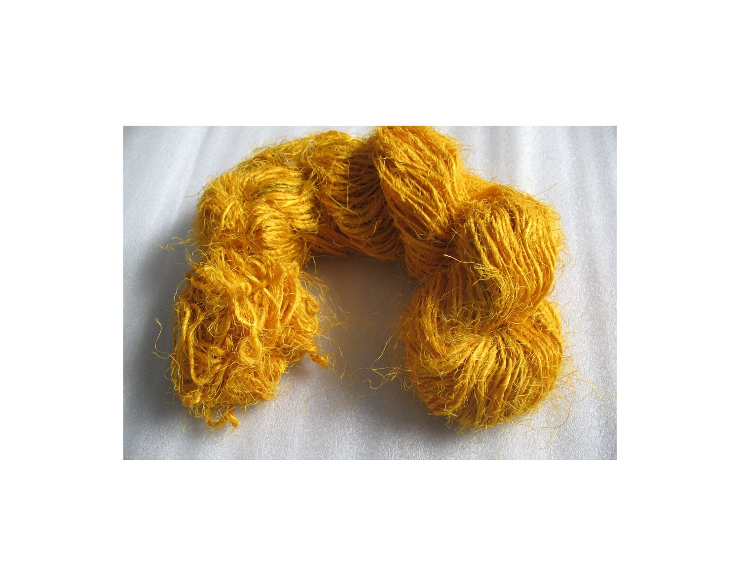 Yellow color Recycled silk yarn Grade B