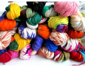 Mix color Thick and Thin Wool Yarn